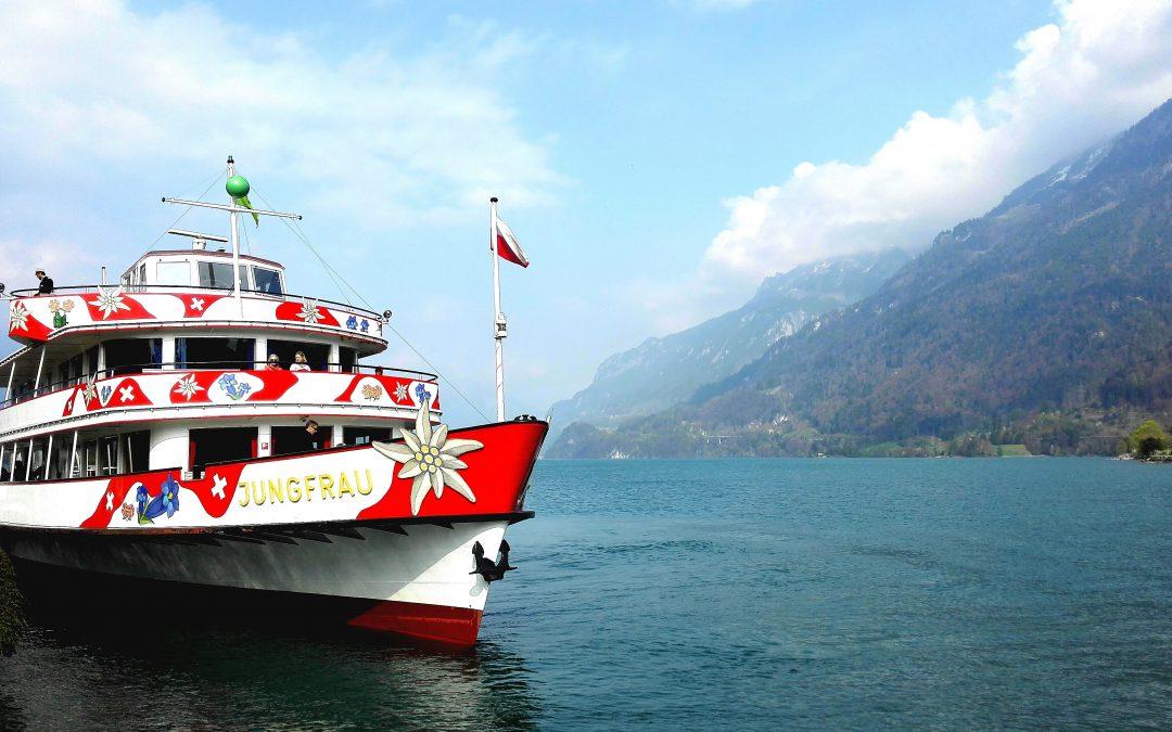 Weekly Tip: Cruise around the lake